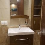 Cabin-Lower-deck-bathroom-sink-Carpe-Novo-Explorer-Maldives-Explorer-Ventures-Liveaboard-Diving