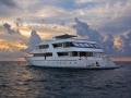 Vessel-Stern-Port-Sunset-Carpe-Vita-Explorer-Maldives-Explorer-Ventures-Liveaboard-Diving