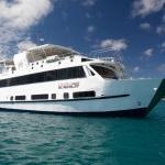 Vessel-Bow-Starboard-Humboldt-Explorer-Galapagos-Explorer-Ventures-Liveaboard-Diving