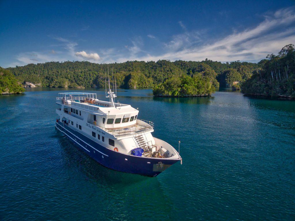 Raja Manta Explorer II | Indonesia | Explorer Ventures Liveaboard Fleet